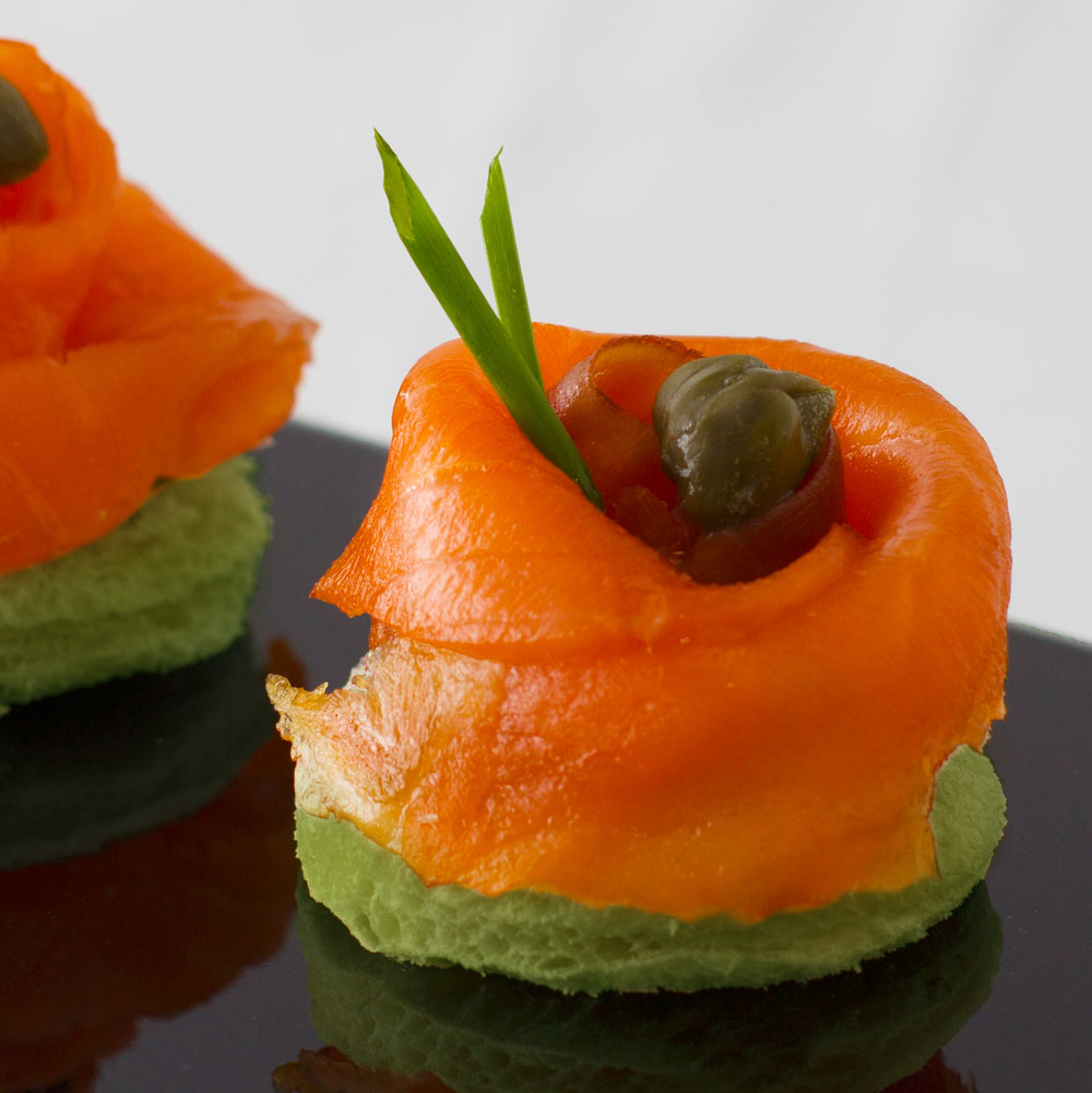 Smoked Salmon Rosette on Spinach Toast (12pcs)