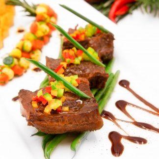 牛仔汁燴牛臉肉 Braised Beef Cheeks in Veal Jus